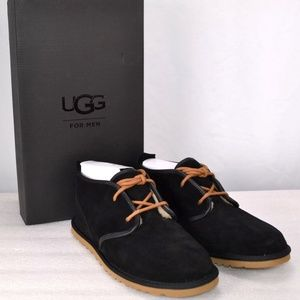 UGG Maksim Chukka Boots, Black Size 10  (A14-1C)